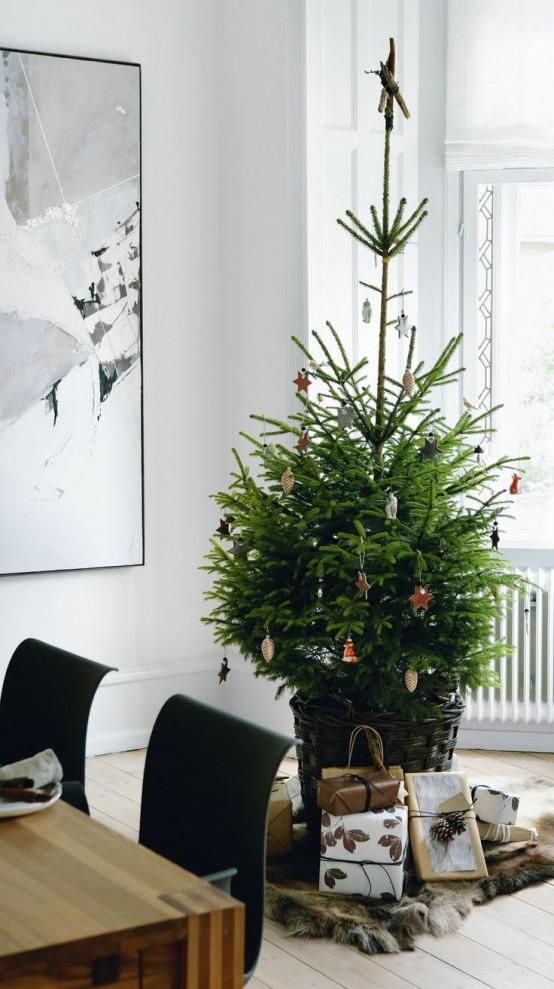 Modern Christmas Decoration Ideas 22 minimalist and modern christmas tree décor ideas - digsdigs