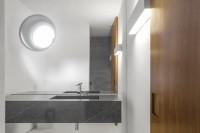 minimalist-concrete-casa-branca-in-the-tropics-11