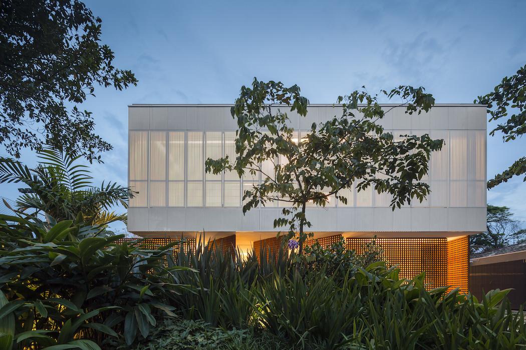 Picture Of minimalist concrete casa branca in the tropics  15