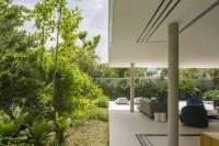 minimalist-concrete-casa-branca-in-the-tropics-3
