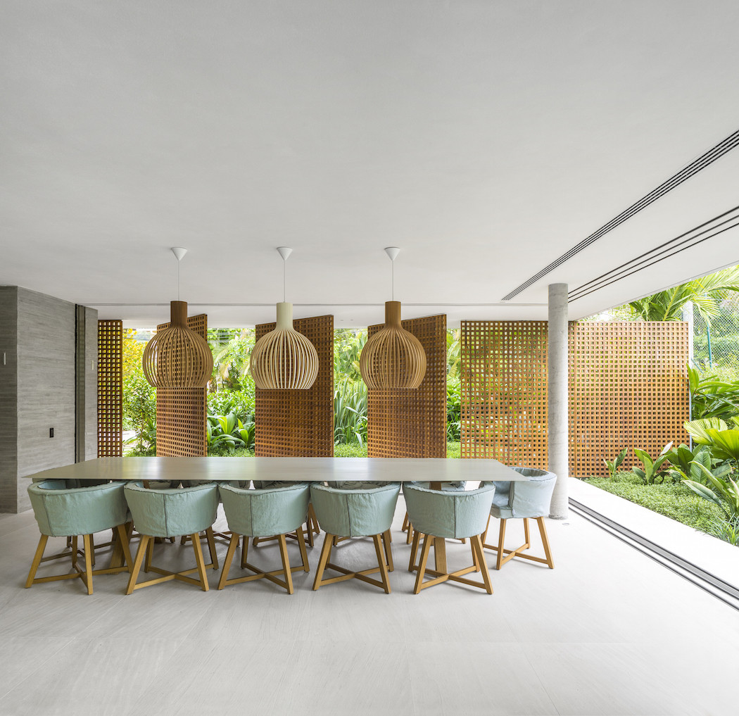Picture Of minimalist concrete casa branca in the tropics  4