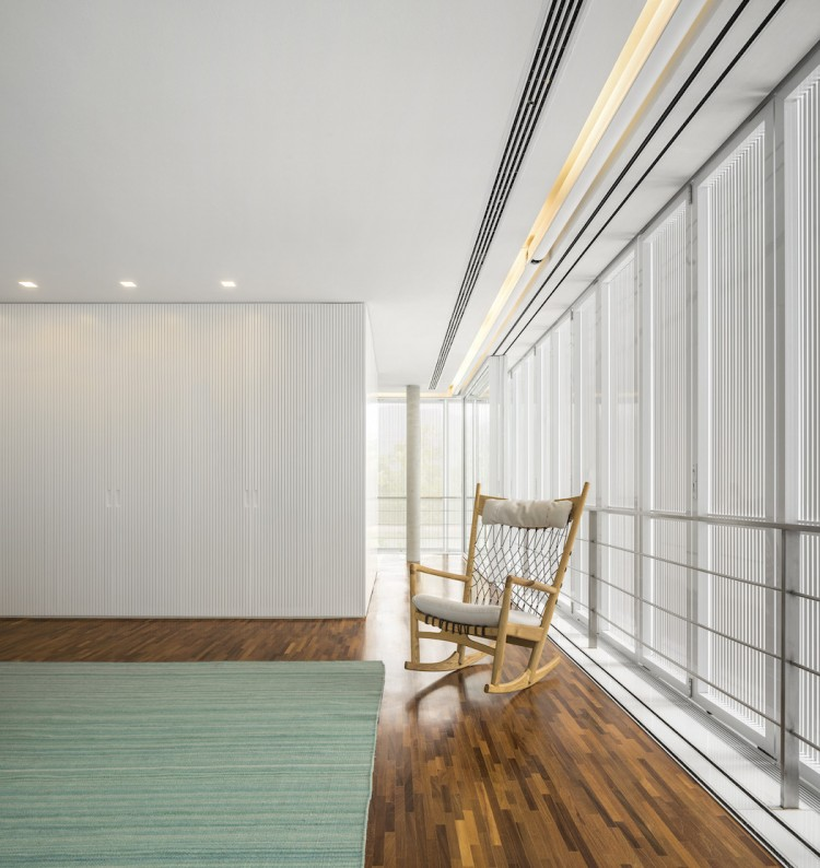 Minimalist Concrete Casa Branca In The Tropics