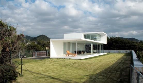 Minimalist House in Minami Boso