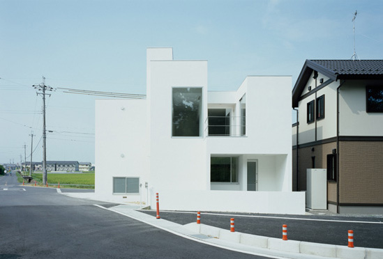 minimalist-japanese-white-house-3 Natural Light Home Designs on modern natural home designs, modern ranch style house designs, kitchen island designs, light natural lighting,