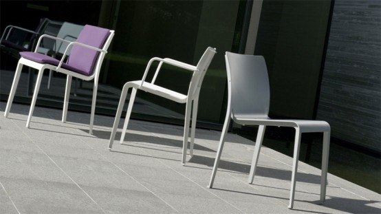 Mirthe Minimalist Outdoor Table And Chairs