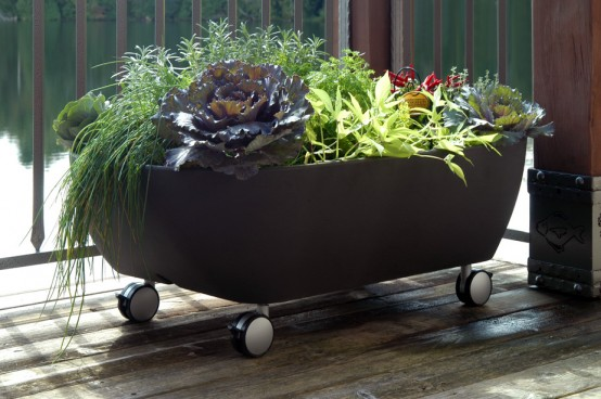 Mobile Bathtub Like Planter To Organize A Mobile Garden