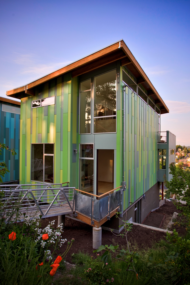 Modern affordable eco friendly home by case architects Small eco home plans