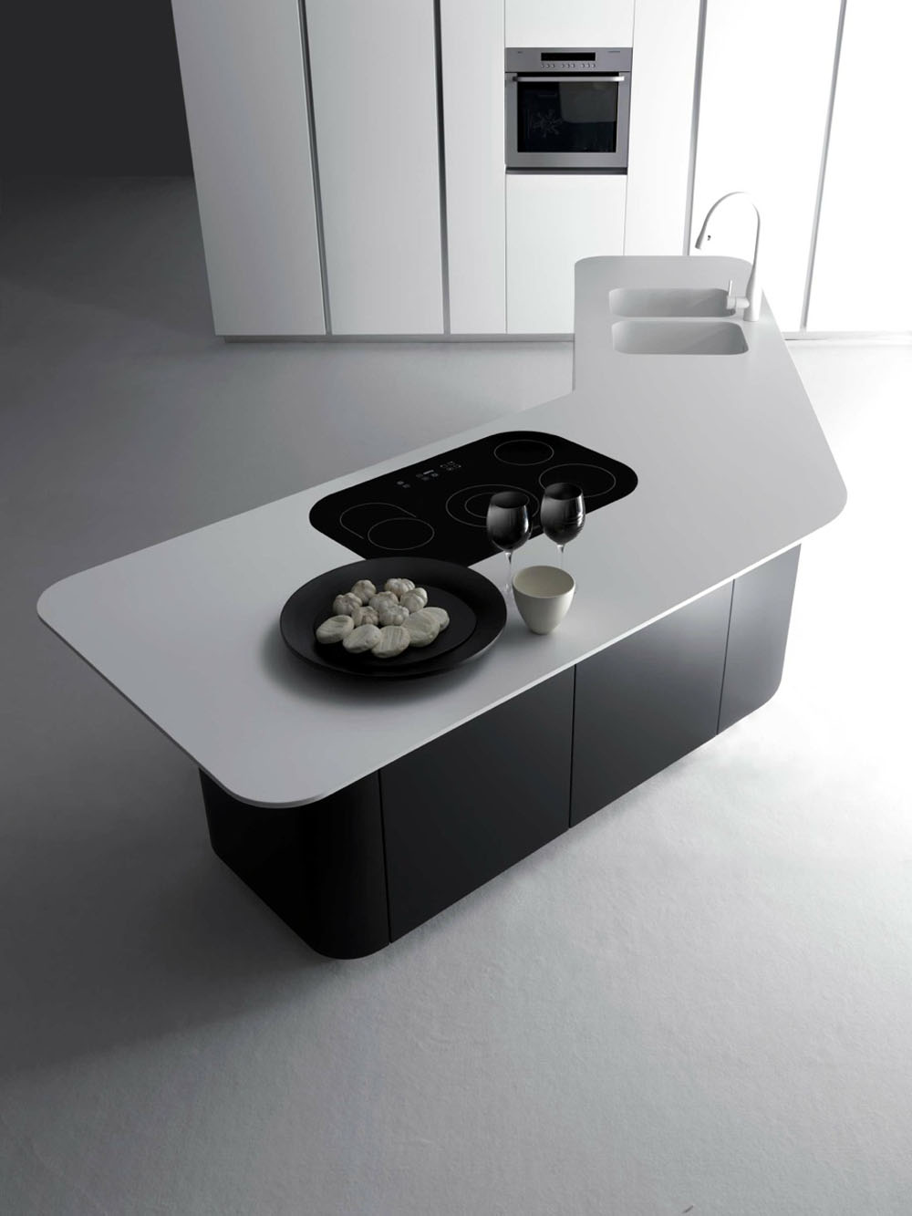 Modern And Luxurious L'Evoluzione And Sinuousa Kitchen Systems