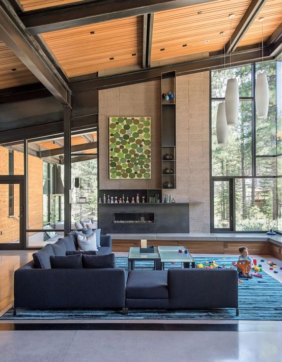 Modern And Stylish Forest Sanctuary Near Lake Tahoe