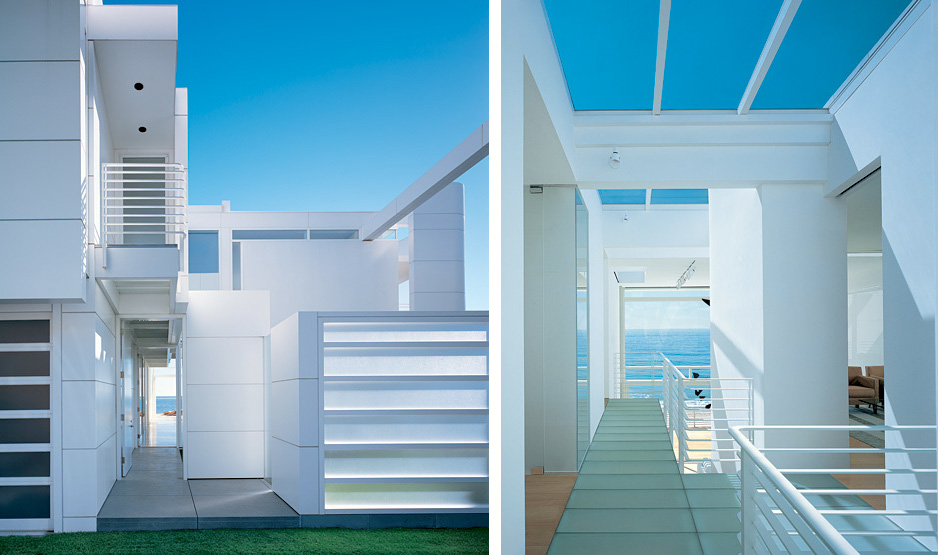 Modern Beach House With White Exterior Paint by Richard Meier ...