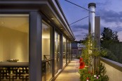Modern Block House With Rooftop Garden