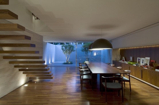 Modern Brazil House With Rooms That Could Be Opened Or Closed
