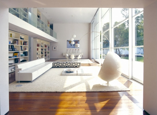 Modern Casa With Great Library