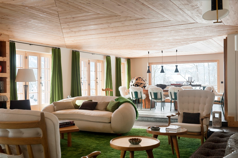 Picture Of modern chalet with wood clad interiors and touches of green  3