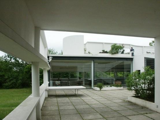 Modern House Design VILLA SAVOYE