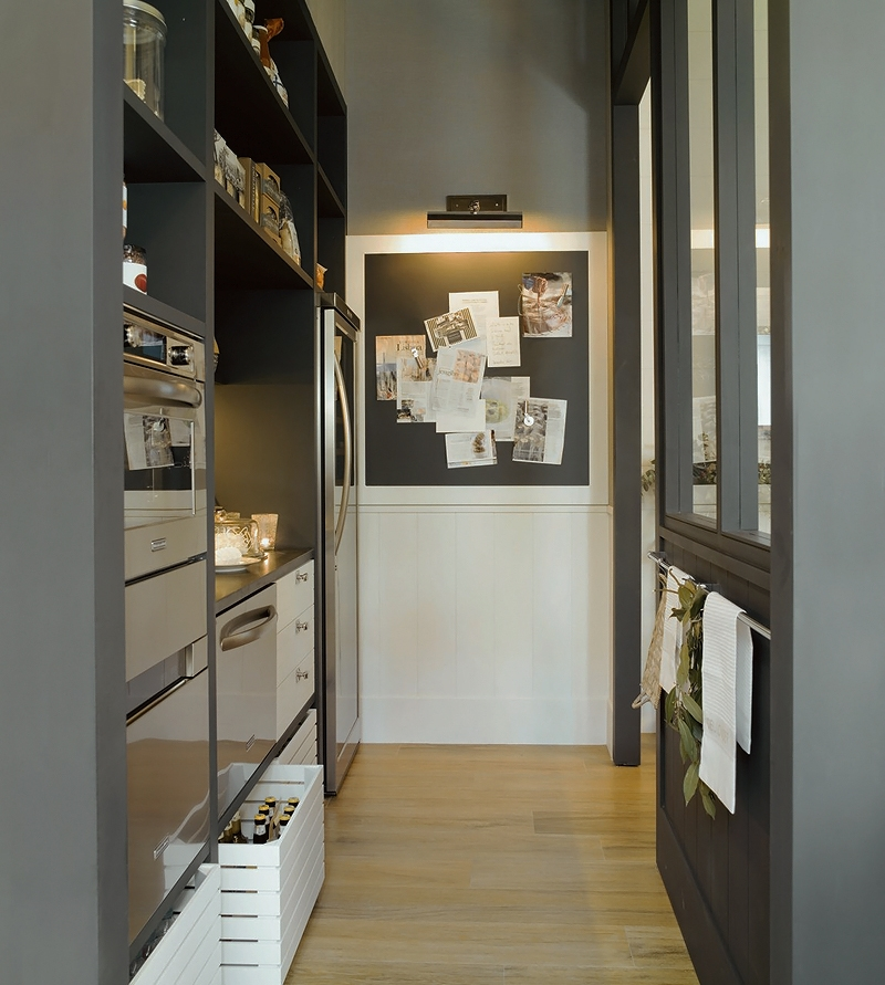 Modern Kitchen And Dining Space Combined