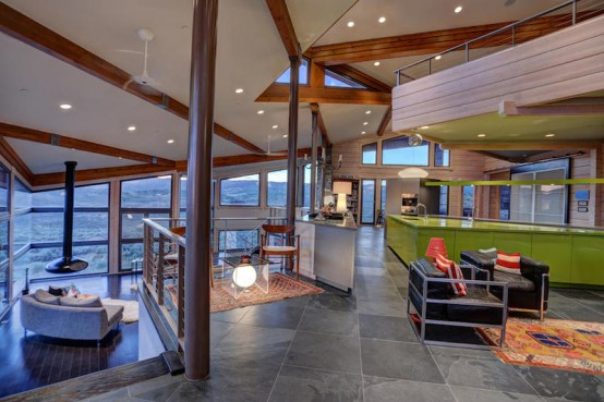 Modern Mountain Residence With Stunning Views