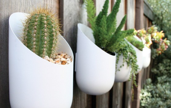 Modern Oval Planters Made of Aluminum