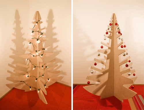 modern plywood christmas tree digsdigs. Black Bedroom Furniture Sets. Home Design Ideas