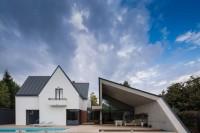 modern-reinterpretation-of-a-traditional-romanian-house-1