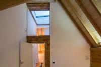 modern-reinterpretation-of-a-traditional-romanian-house-13