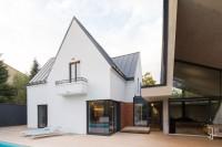 modern-reinterpretation-of-a-traditional-romanian-house-2