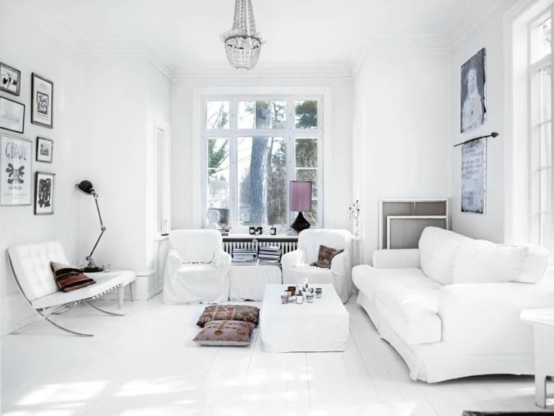 Modern scandinavian house in white and pastel shades for Ideas decoracion despacho