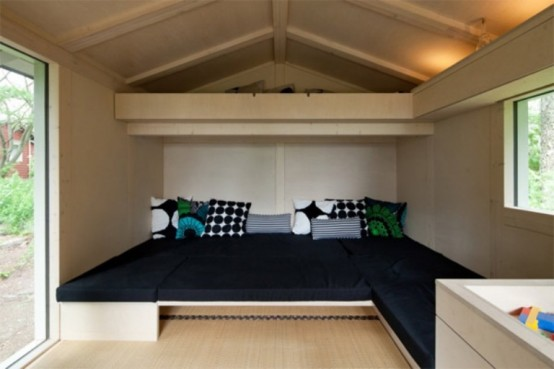 Modern Space Efficient Cottage For Spending A Weekend