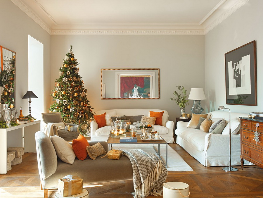 Modern spanish house decorated for christmas digsdigs for Christmas home decorations pictures