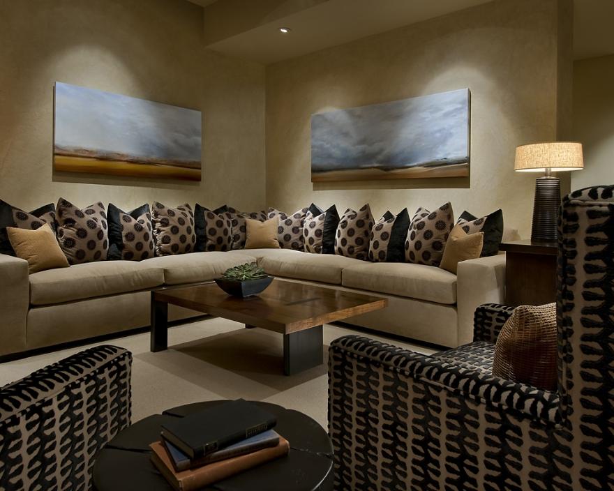 Modern Spanish House Family Room