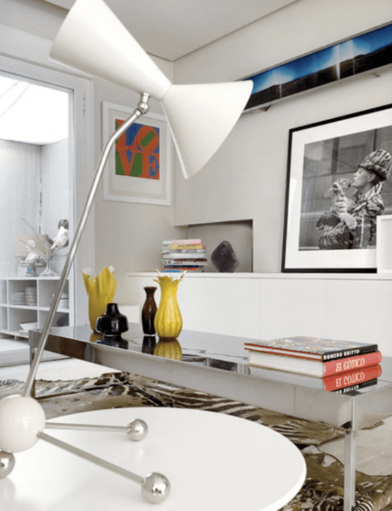 Modern Spanish House With An Art Collection