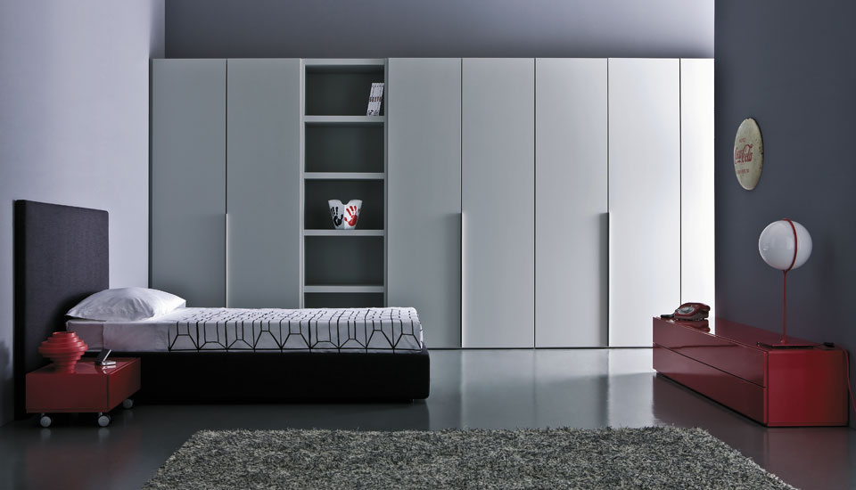 Modern teen room designs by pianca digsdigs for Modern cupboard designs