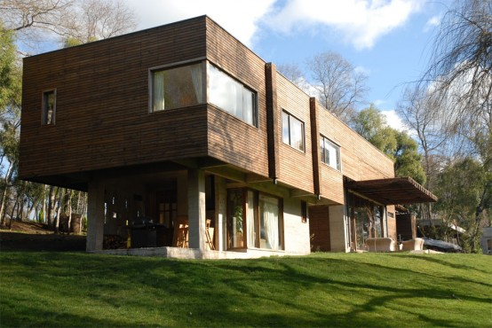 Modern Wood House Desgin