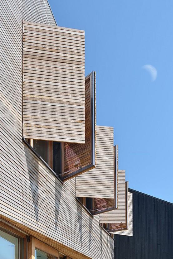 Modern Wooden Residence On The Lake Shore