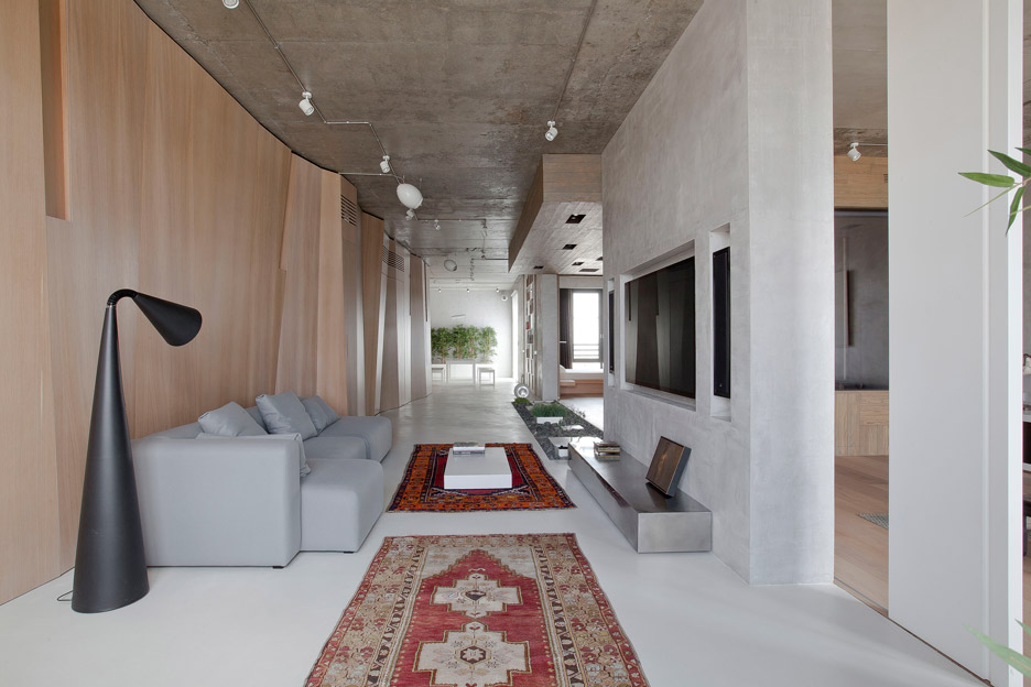 Picture Of modern zen moscow apartment with an inner garden  2
