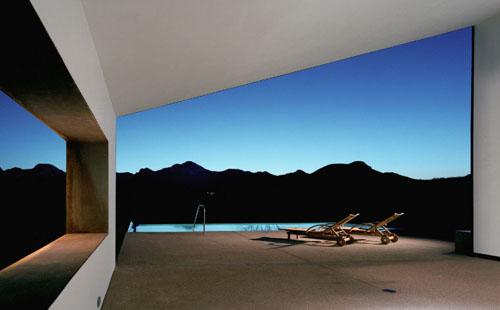 Modest Yet Beautiful Minimalist Desert House Design