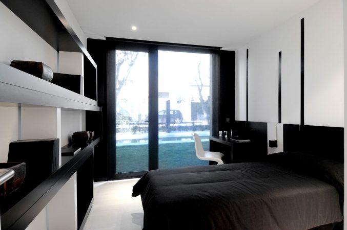 a-cero,black and white interior, black and white interior design,  black house design, contemporary prefab house, modern modular house,  modern prefab house, modular home, modular house, prefab home, modern  home designs, prefab home designs