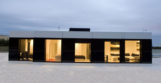 Modular Sleek White House Design