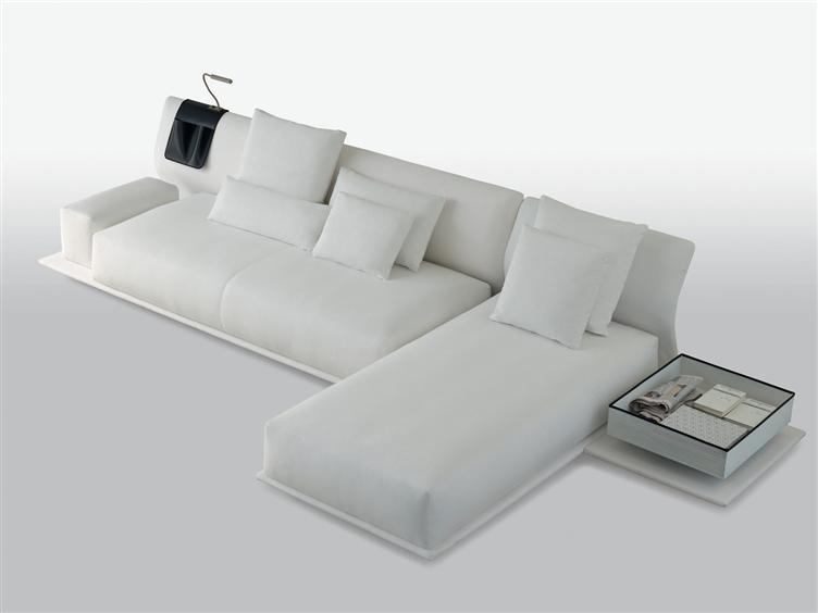 Modular transformable sofa night and day from molteni c for Sofas de polipiel