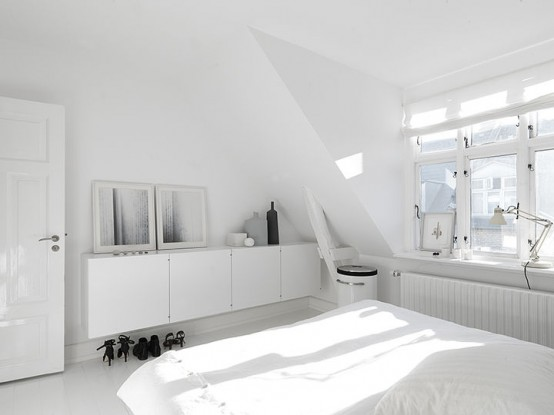 Monochromatic Minimalist Townhouse In Copenhagen