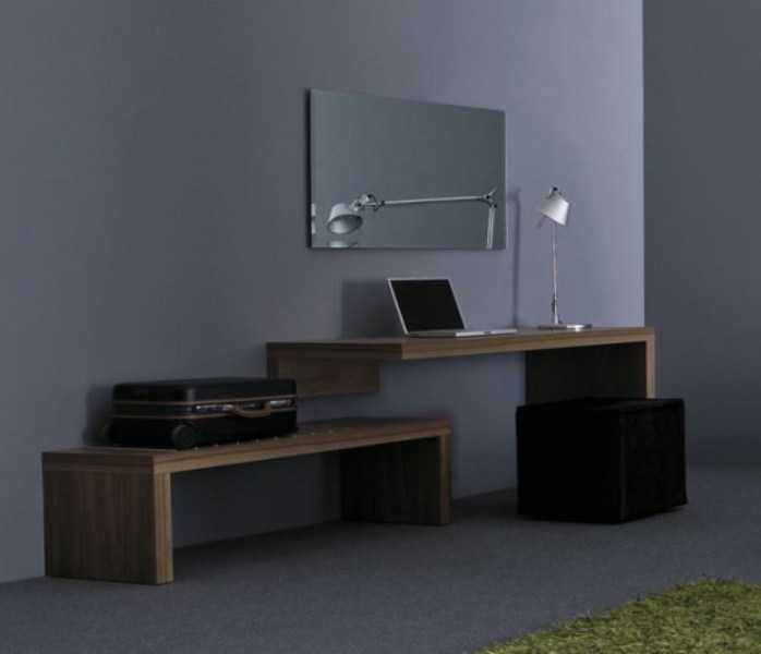 34 most stylish minimalist home offices you ll ever see for Minimalist desk