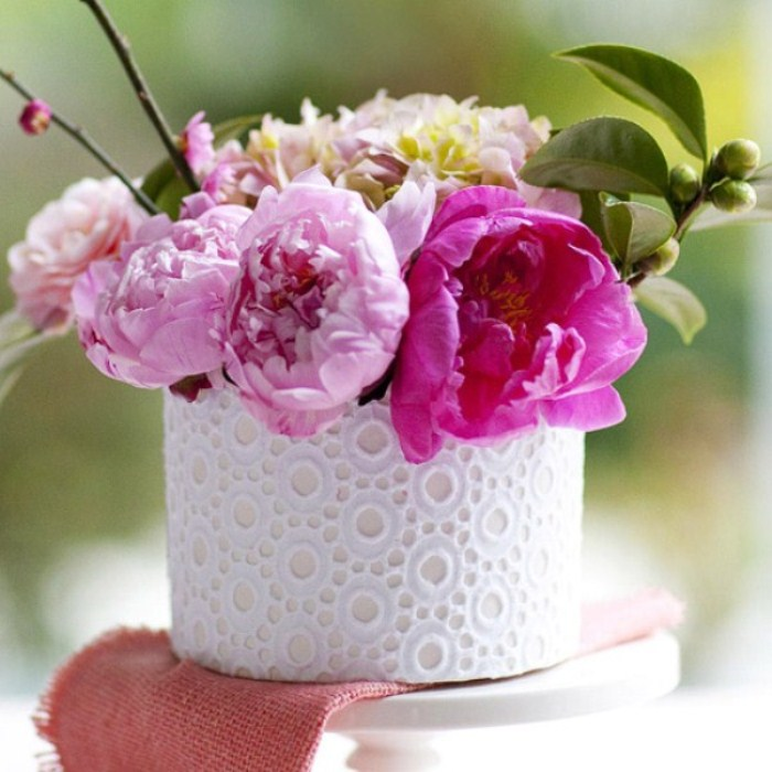 16 Awesome Mother's Day Flower Decoration Ideas | DigsDigs