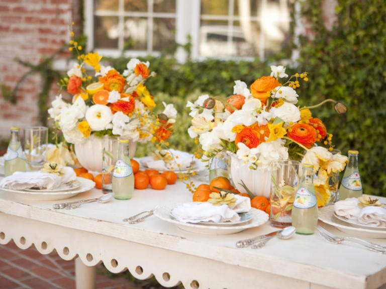 26 cool mother s day table d cor ideas digsdigs for Outdoor brunch decorating ideas