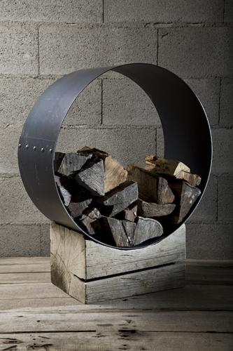 Natural Iron Log Holder – Rotzo by Civico Quattro