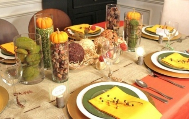 pumpkins and gourds, acorns and nuts, peas and moss balls are great for creating natural or rustic Thanksgiving tablescape