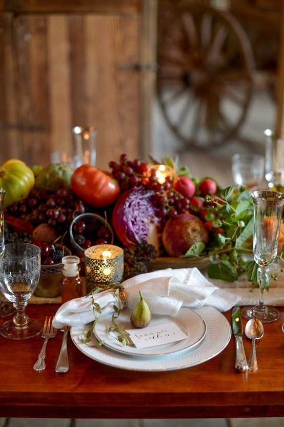 34 natural thanksgiving table settings digsdigs for Elegant table setting for thanksgiving