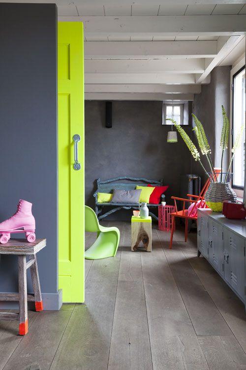 Nhà bừng sáng với nội thất rực rỡ sắc màu (13)