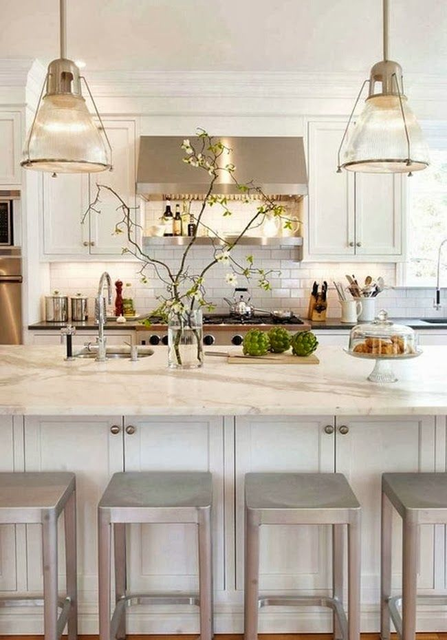 33 neutral kitchen designs you ll love for Neutral colors for a kitchen