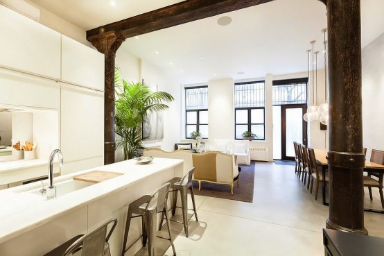 New York Loft With Classical Greco Roman Touches