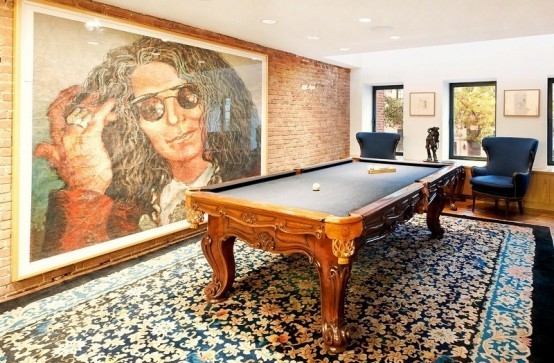 New York Townhouse With Unusual Works Of Art